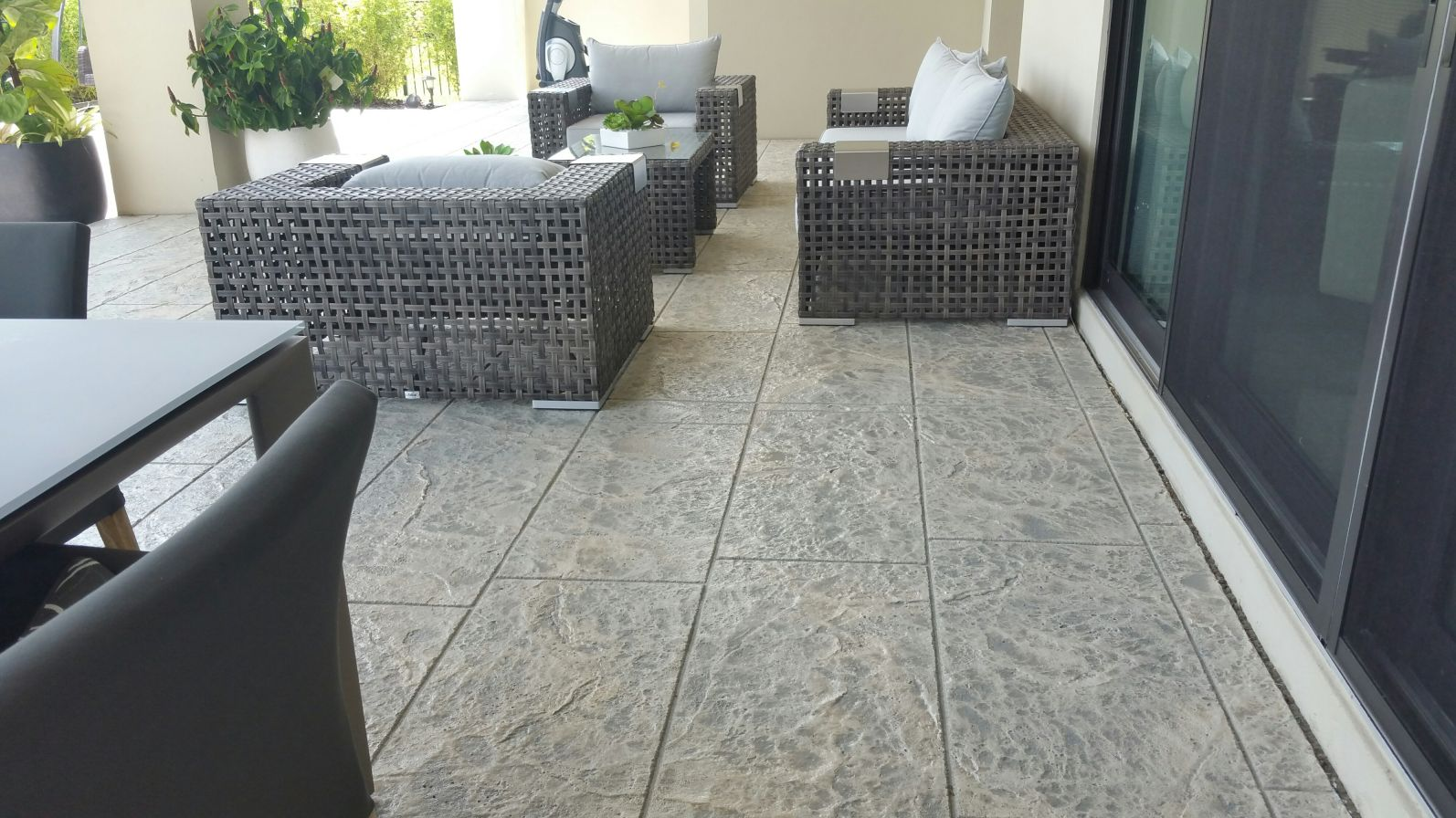 decorative concrete patio modern pattern